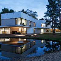 Meander House